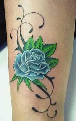 pin tatouage rose bleue photos et modles de tatouages couleur on pinterest. Black Bedroom Furniture Sets. Home Design Ideas